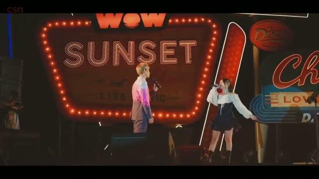 Khi Em Lớn (Live at Wow Sunset Show)